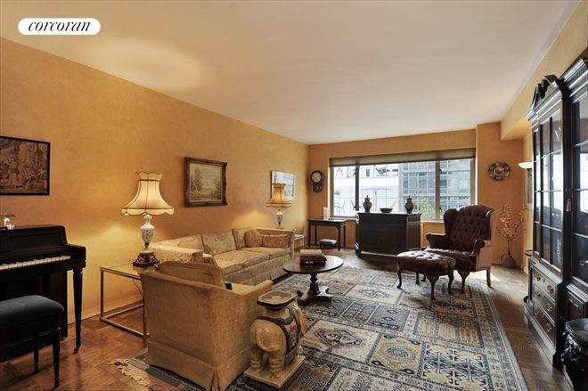 200 East 57th Street, 4D, Living Room