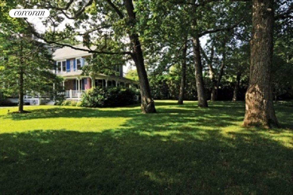 Beautiful, 1 acre property