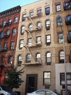 Photo of 424 East 77th Street
