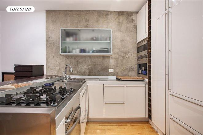 33 East 22nd Street, 1F, Kitchen