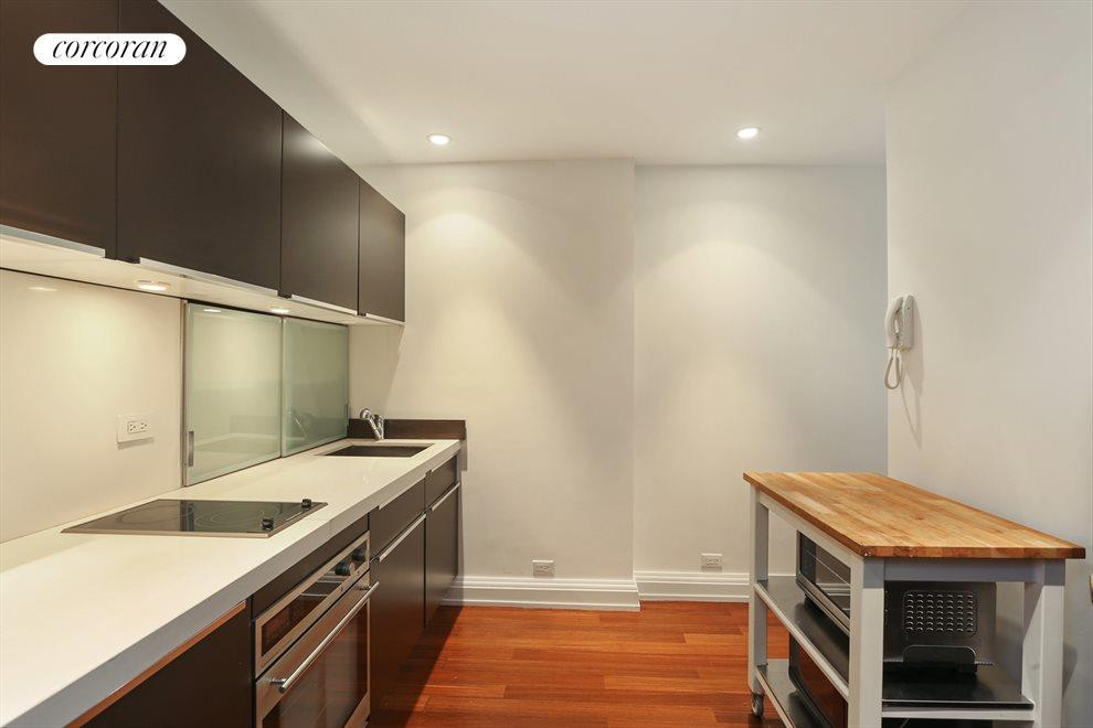 Chic Designer Kitchen