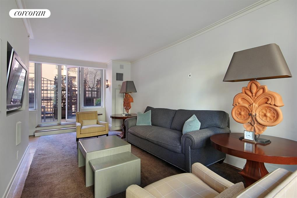 188 East 78th Street, 5E, Living Room