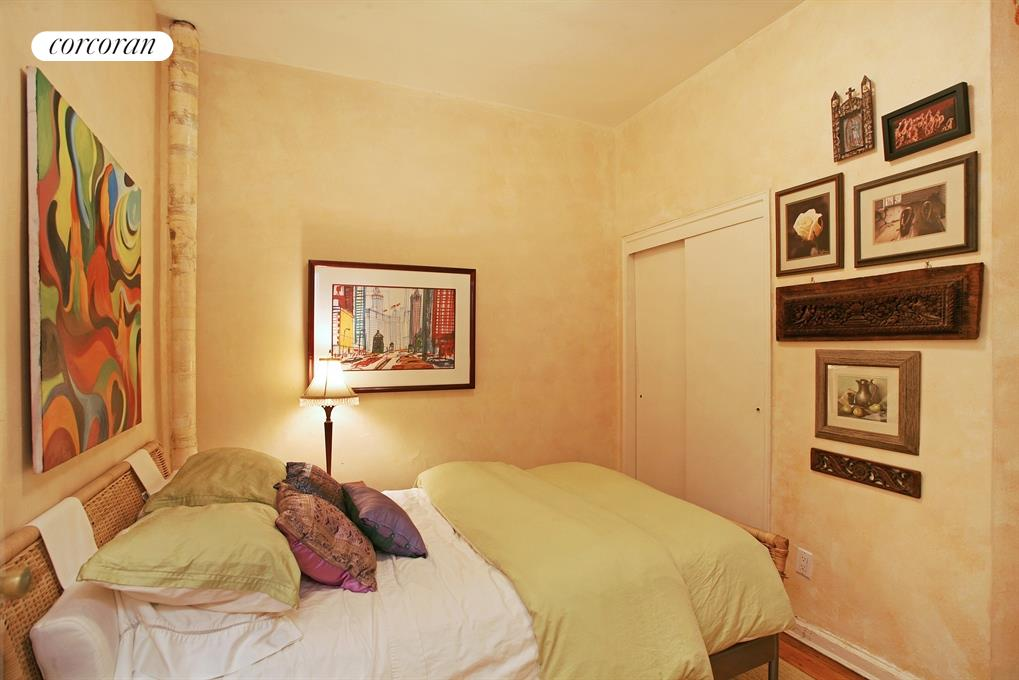 515 East 88th Street, 2N, Bathroom