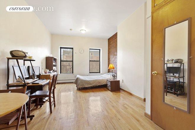 1798 Third Avenue, 1A, Bedroom