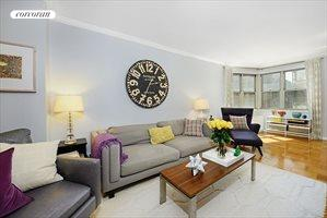 300 East 40th Street, Apt. 12L, Murray Hill