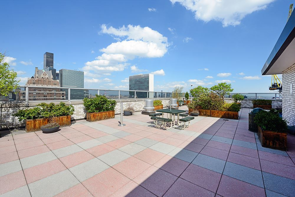 300 East 40th Street, 5C, Comfortably Large Living Room leads to Balcony