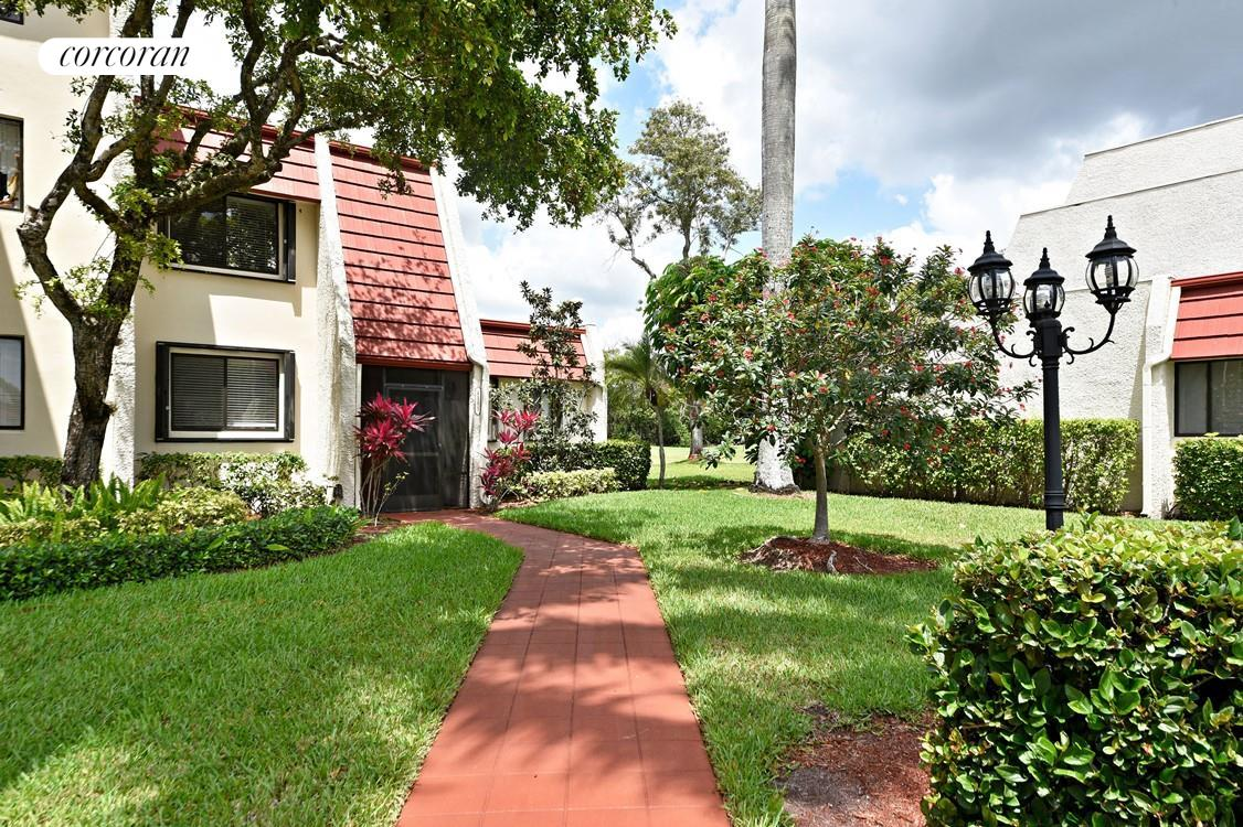 Corcoran, William Jabour, Palm Beach 340 Royal Poinciana Way Suite ...