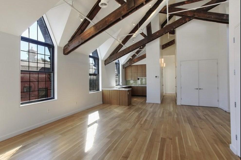 541 Leonard Street C Living Room