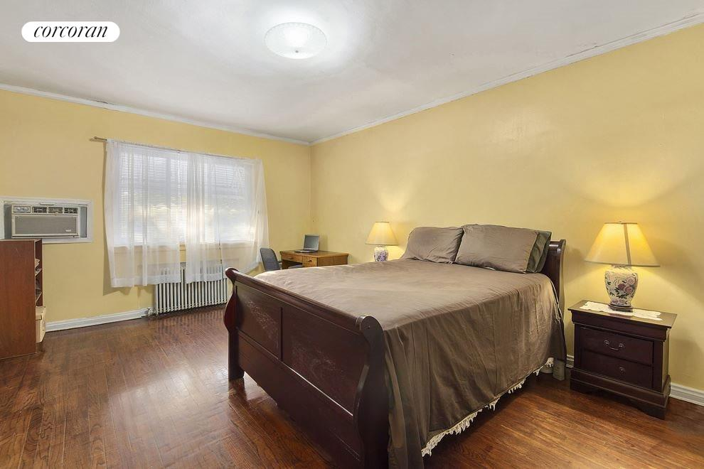 New York City Real Estate | View 771 East 39th Street | room 3