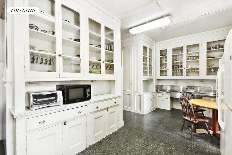 04- Kitchen