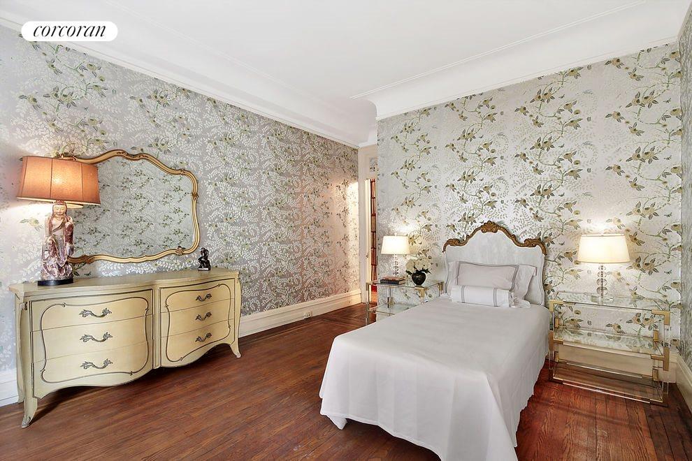08- Bedroom