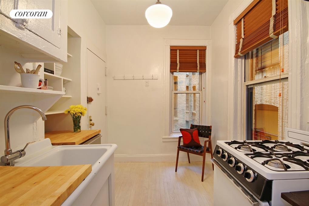 Windowed eat-in kitchen