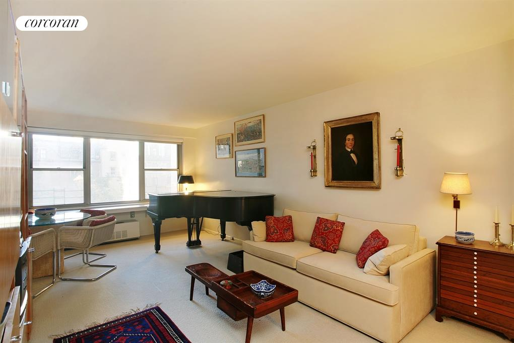 15 West 72nd Street, Living Room
