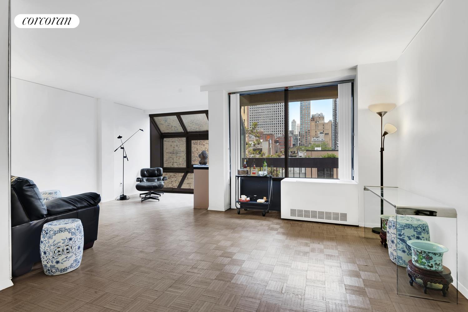 245 East 50th Street, 7B, Oversized Living Room with Solarium and Balcony