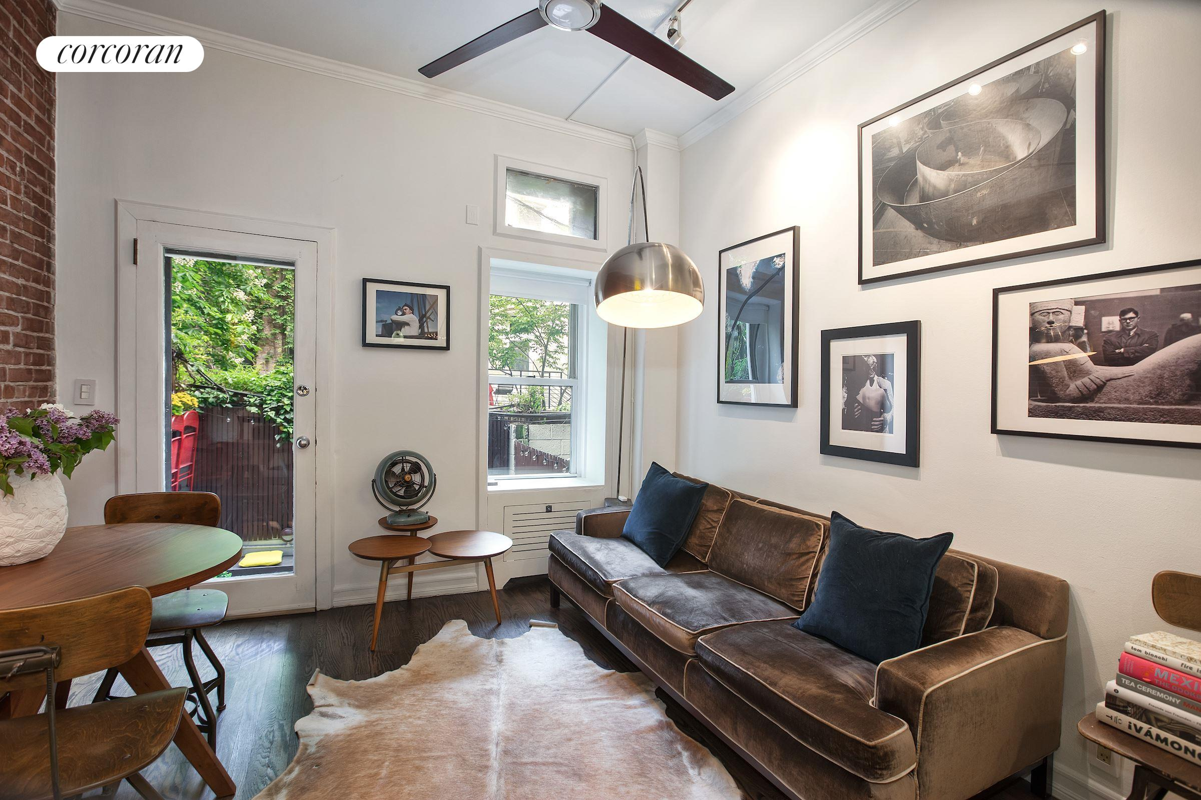 325 West 21st Street, 4, Living Room