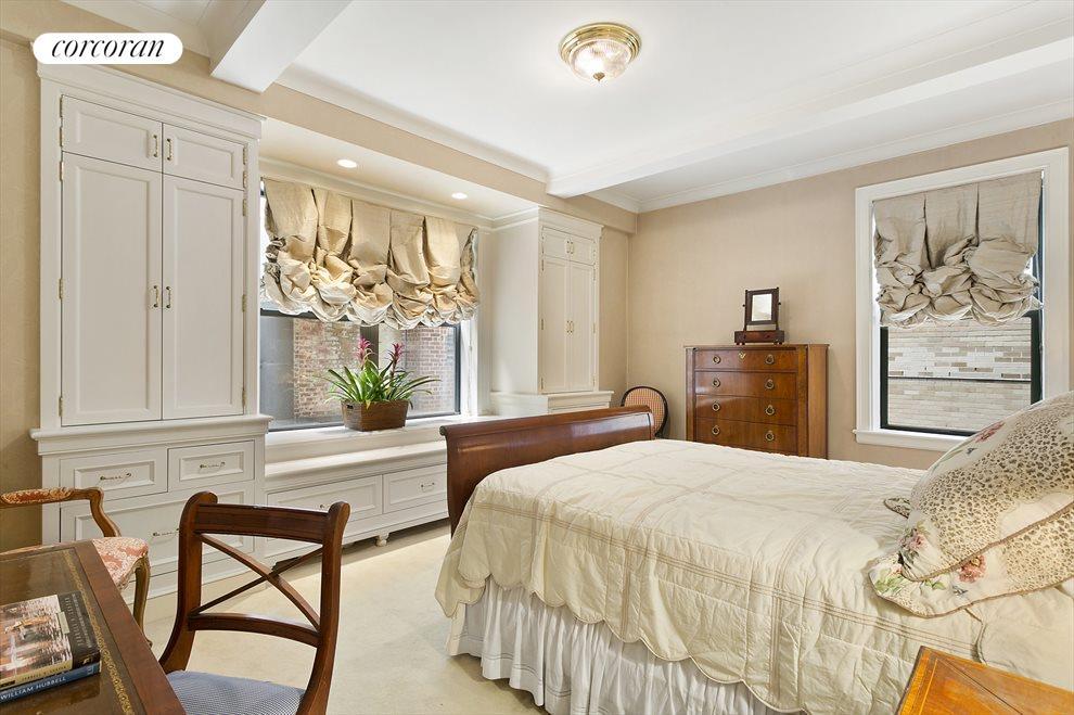 5  Master Bedroom