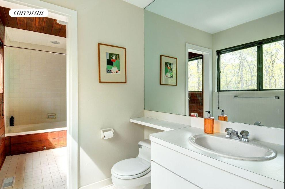 New York City Real Estate | View 18 Shorewood Drive | Master bath