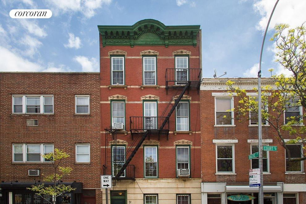 New York City Real Estate | View 233 Court Street, #1 | Friendly, 4-unit coop in the heart of Cobble Hill