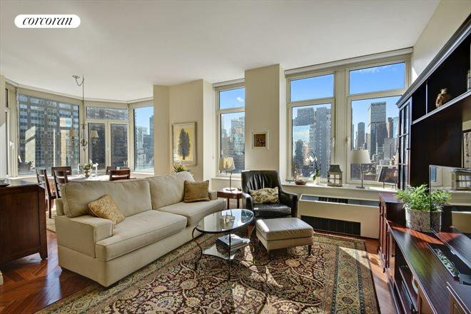 400 East 51st Street, 18B, Living Room