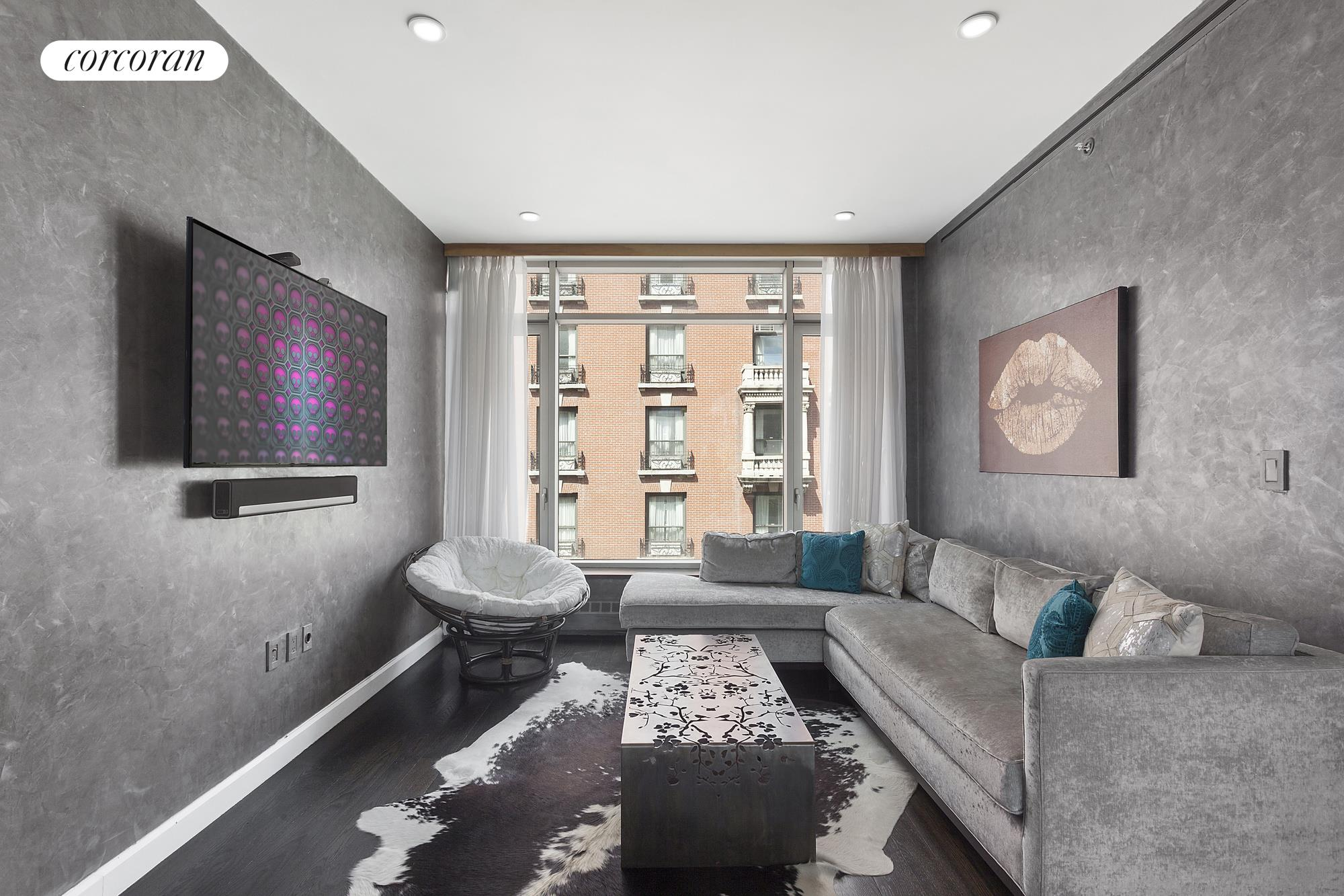 132 East 30th Street, Floor 7, Living and Dining Room