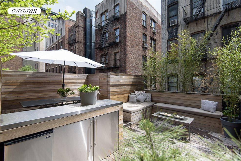 Private Terrace with Grill & Refrigerator