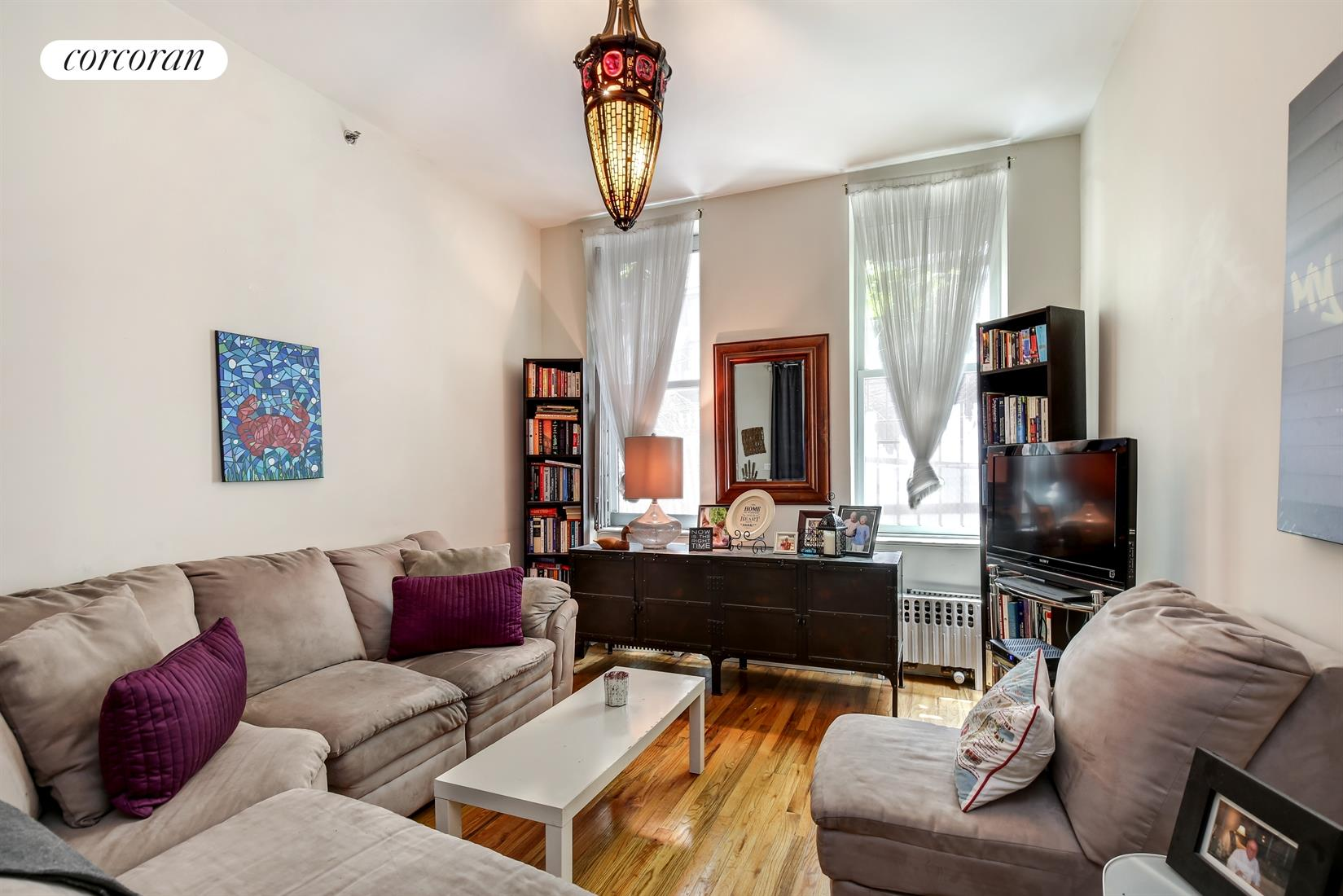 326 West 43rd Street, 1RE, Living Room