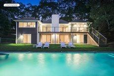 13 Clamshell Avenue, East Hampton