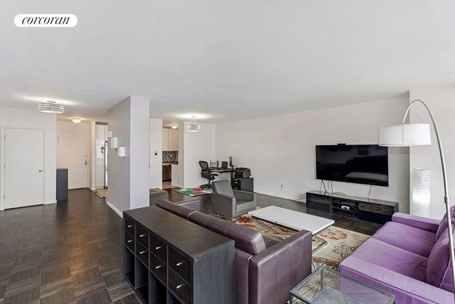 303 East 57th Street, 8E, Living Room
