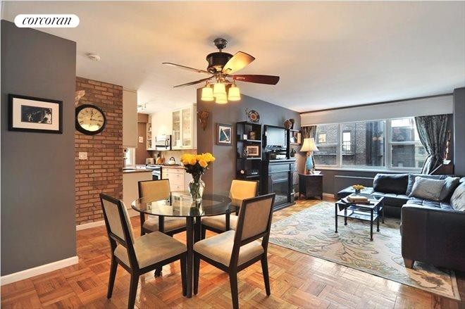 101 West 12th Street, 7W, Large Living and Dining Room