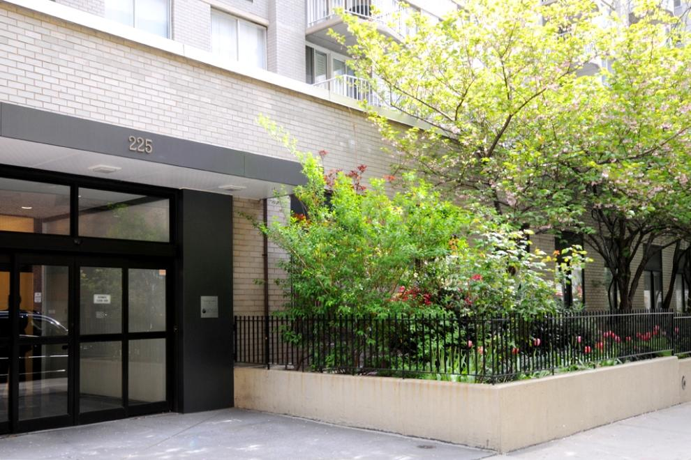 225 East 64th Street, LL, Outdoor Space