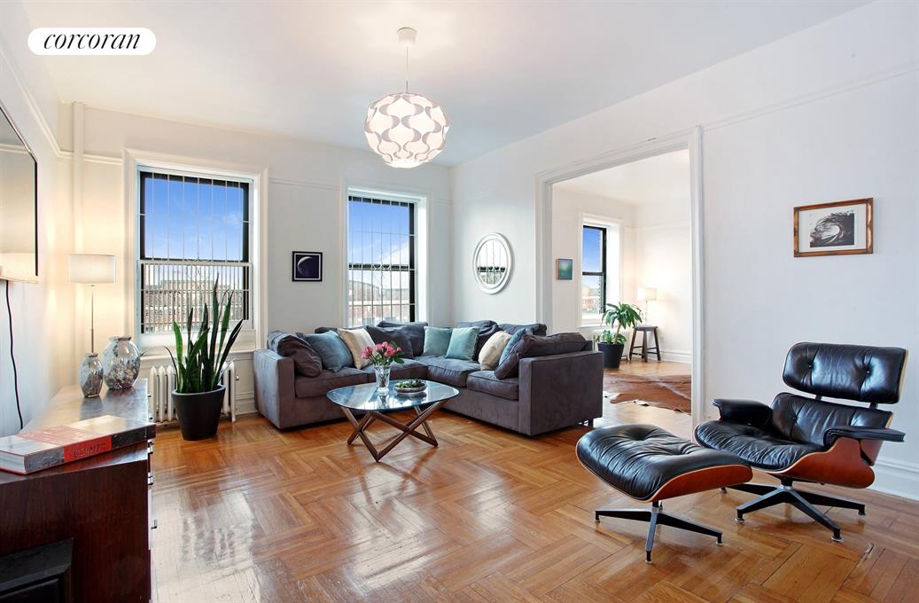 255 Eastern Parkway, D11, Large and lovely...