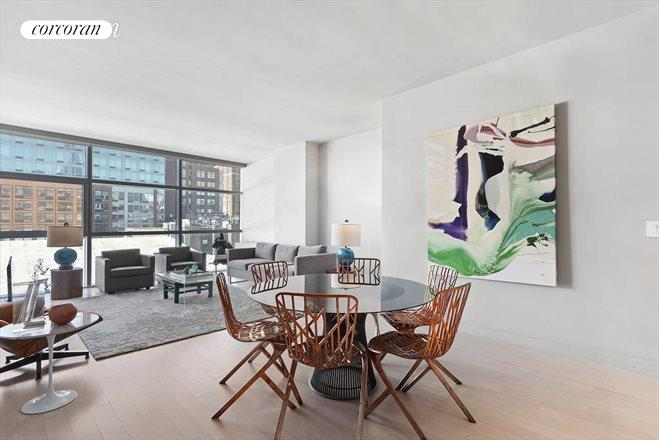 447 West 18th Street, 6C, Living Room