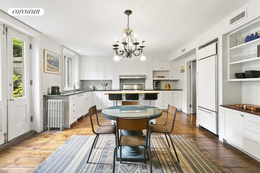 Garden Floor Rental Kitchen
