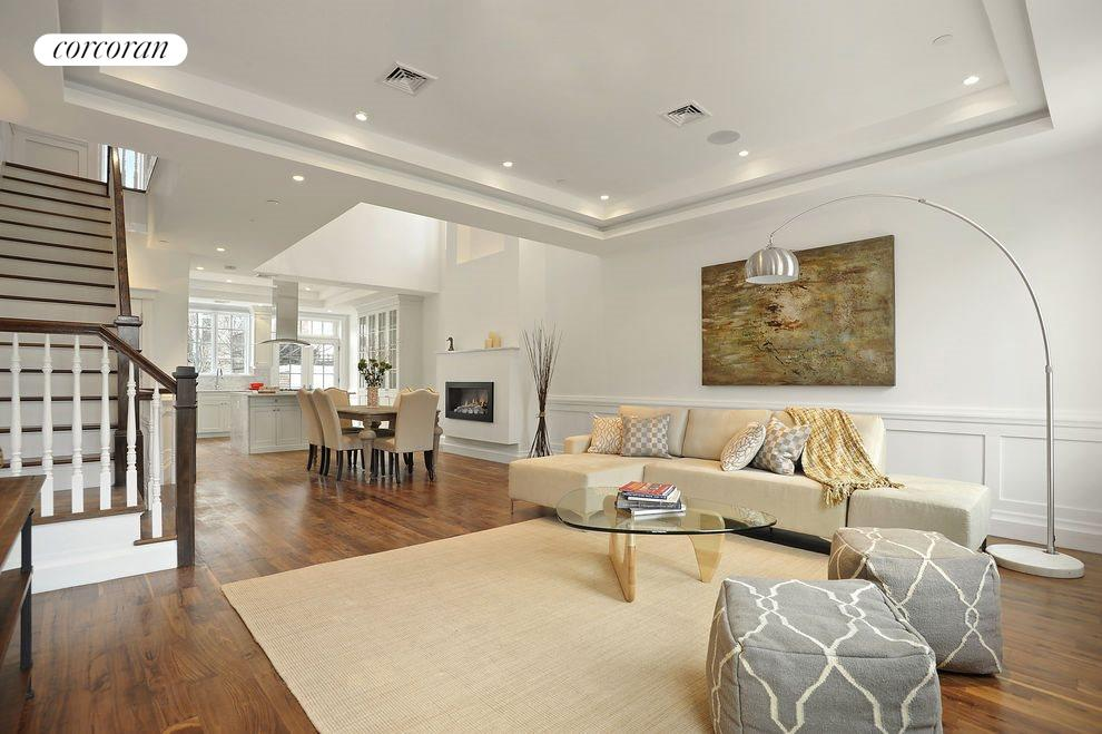 Bright Living Room w/ Sound System
