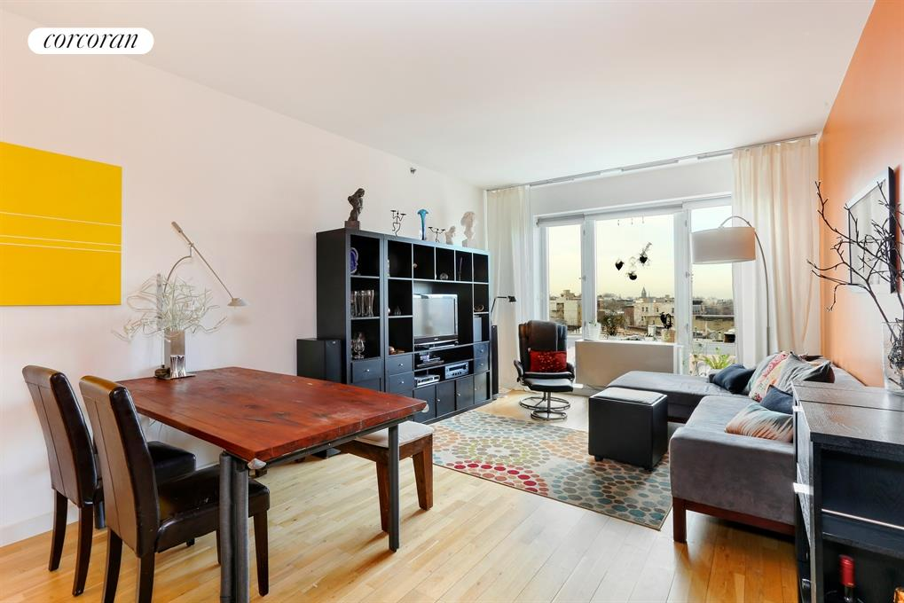 545 Washington Avenue, 603, Living Room