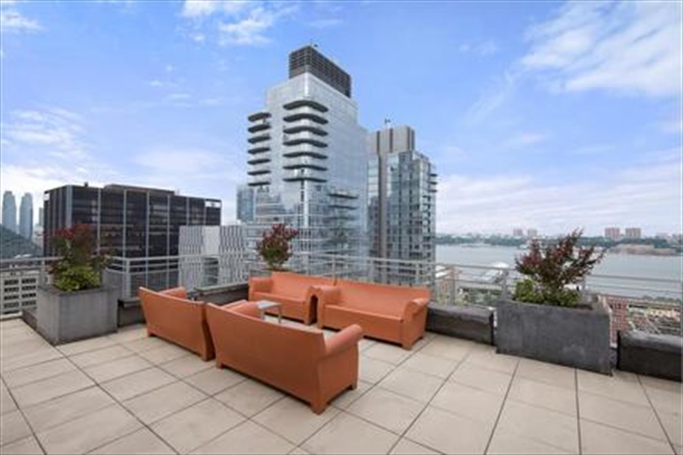 The Hudson Apartment Building | View 225 West 60th Street | Roofdeck