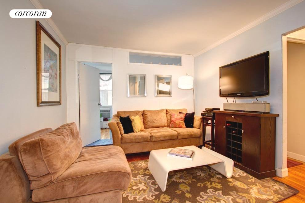 336 East 50th Street, 5A, Living Room