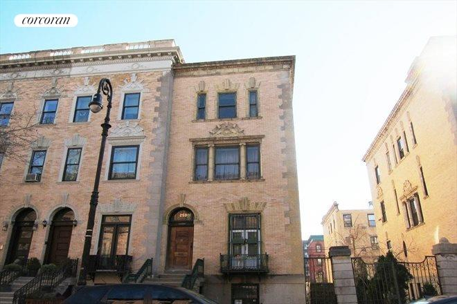 250 West 139th Street, Building Exterior