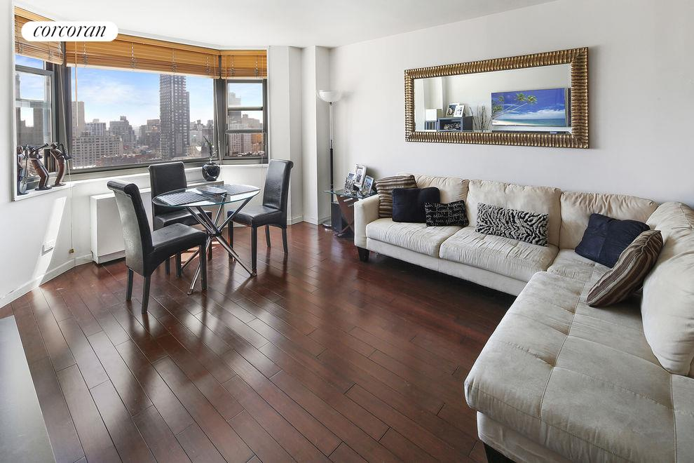 200 East 90th Street, Apt. 17E, Upper East Side