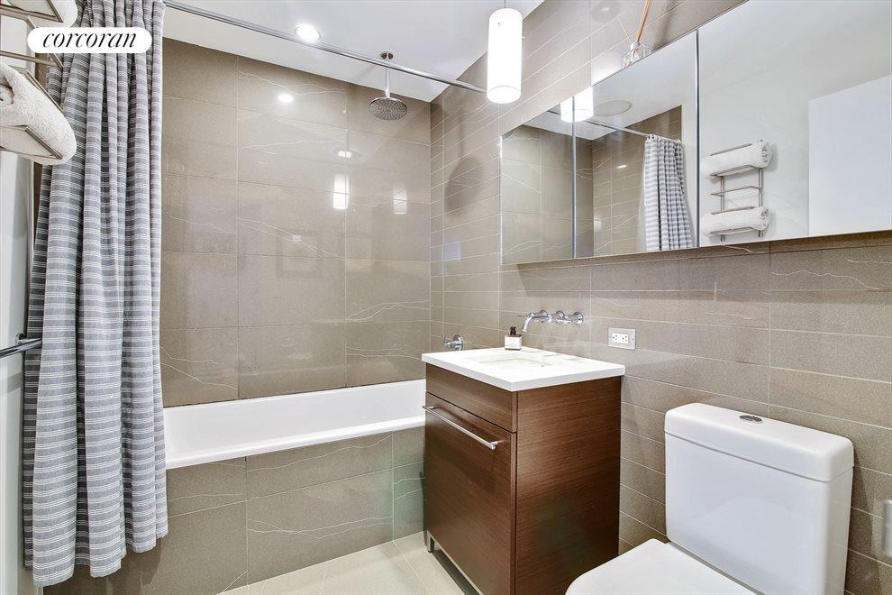 Master Bath with Deep Zuma Soaking Tub