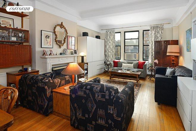 139 East 94th Street, 9B, Living Room