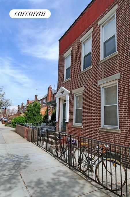 137 East 2nd Street, Windsor Terrace