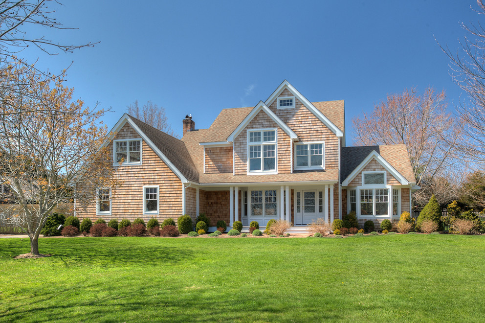 84 Chase Court, Bridgehampton