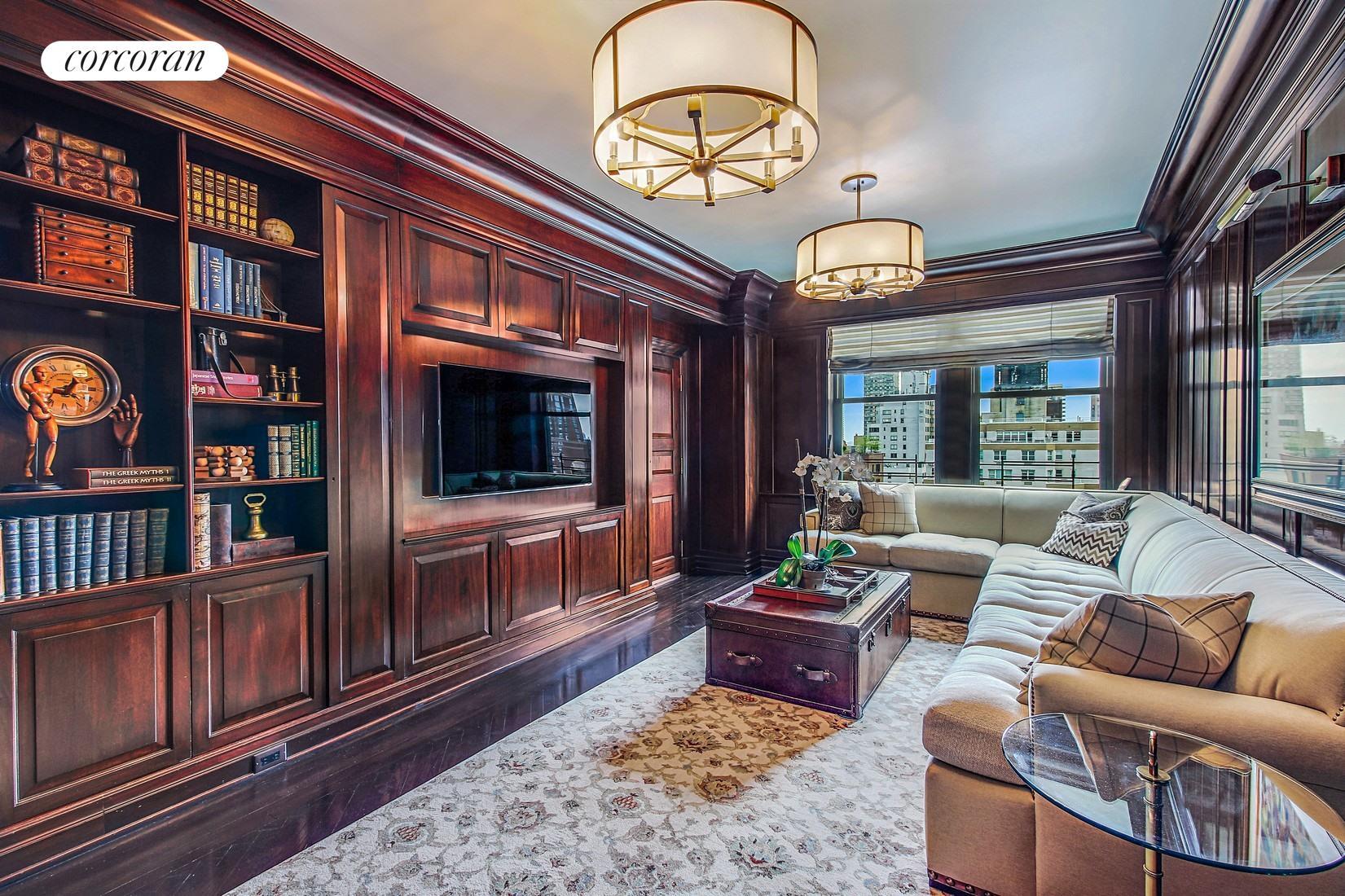 983 Park Avenue, 14C, Living Room