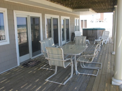 Downstairs deck