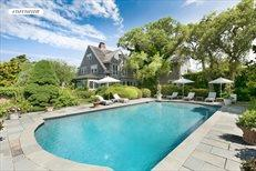Grey Gardens (3 West End Road), East Hampton