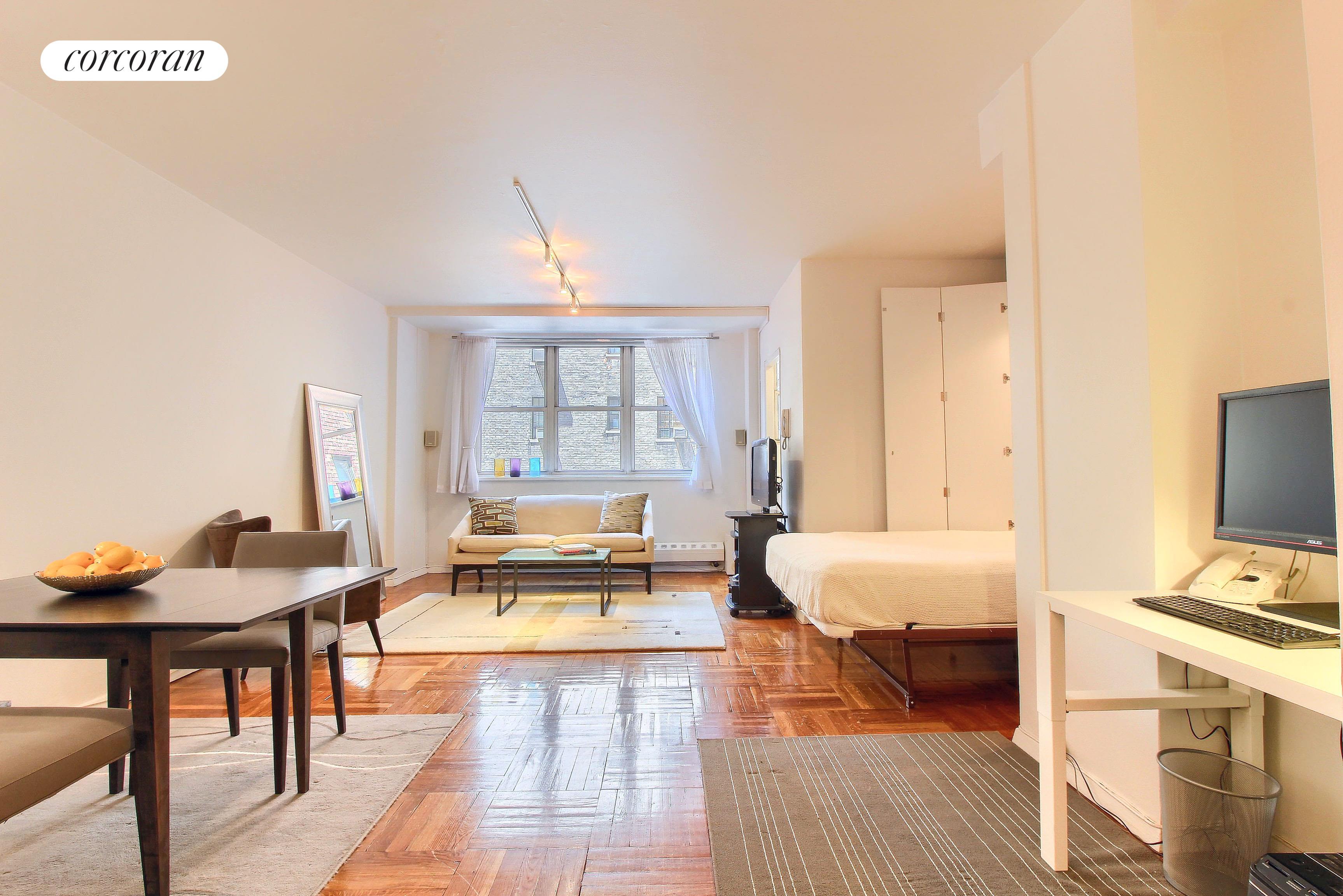 63 East 9th Street, 3D, Living Room