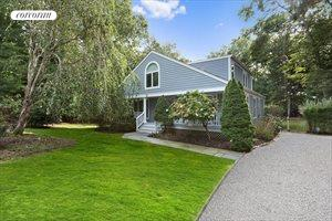 24 Tansey Lane, Bridgehampton