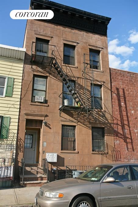 205 Centre Street, Red Hook