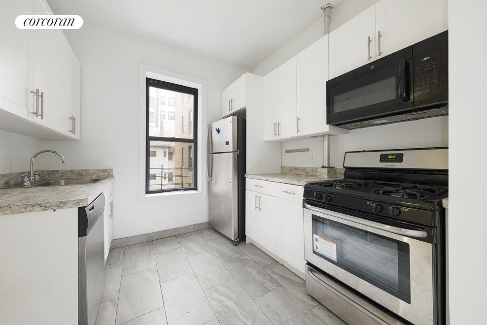 New York City Real Estate | View 810 Ocean Avenue, #2B | 3 Beds, 2 Baths